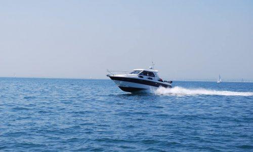 Veneen suojapeite lisää sen arvoa ja ikää.